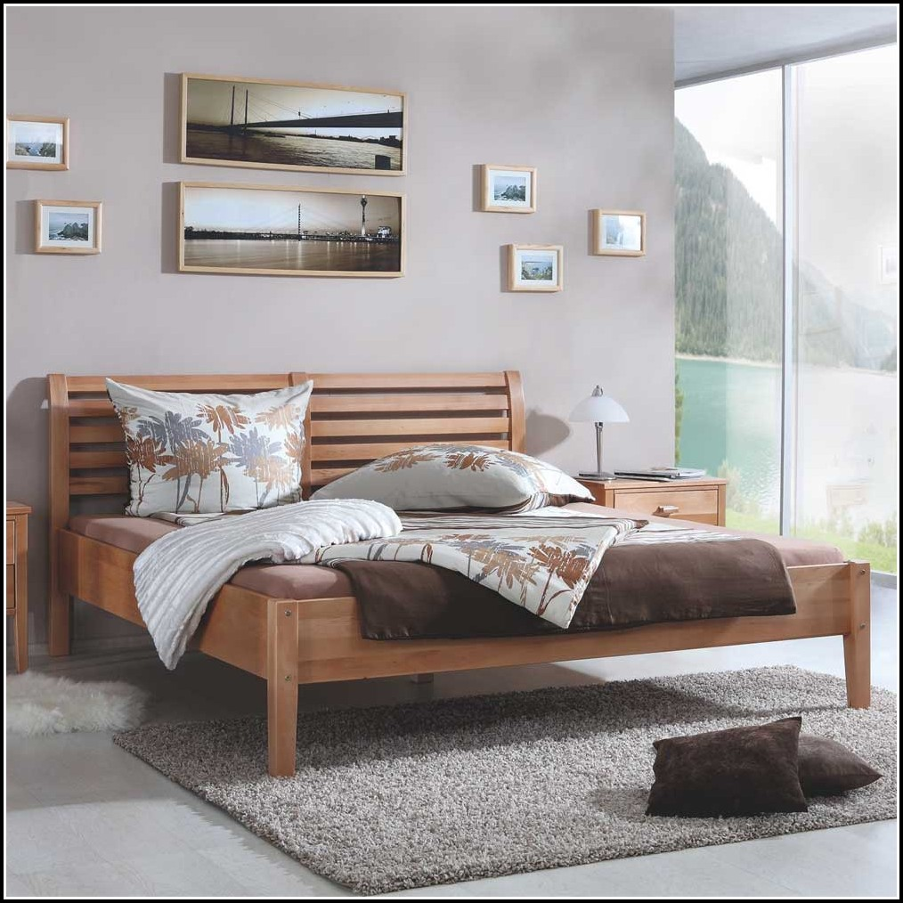 Bett 140×200 Buche Massiv