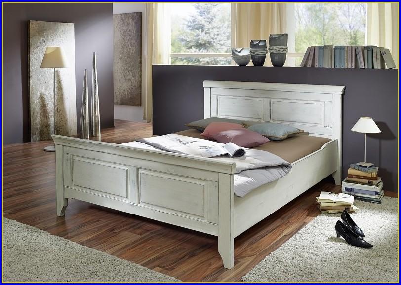 Bett 140×200 Kiefer Weiß