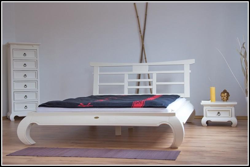 Bett 160×200 Weiss