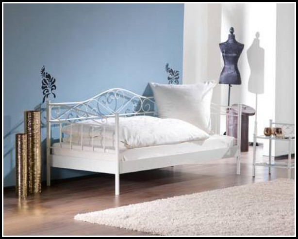 Bett 90×200 Weiß