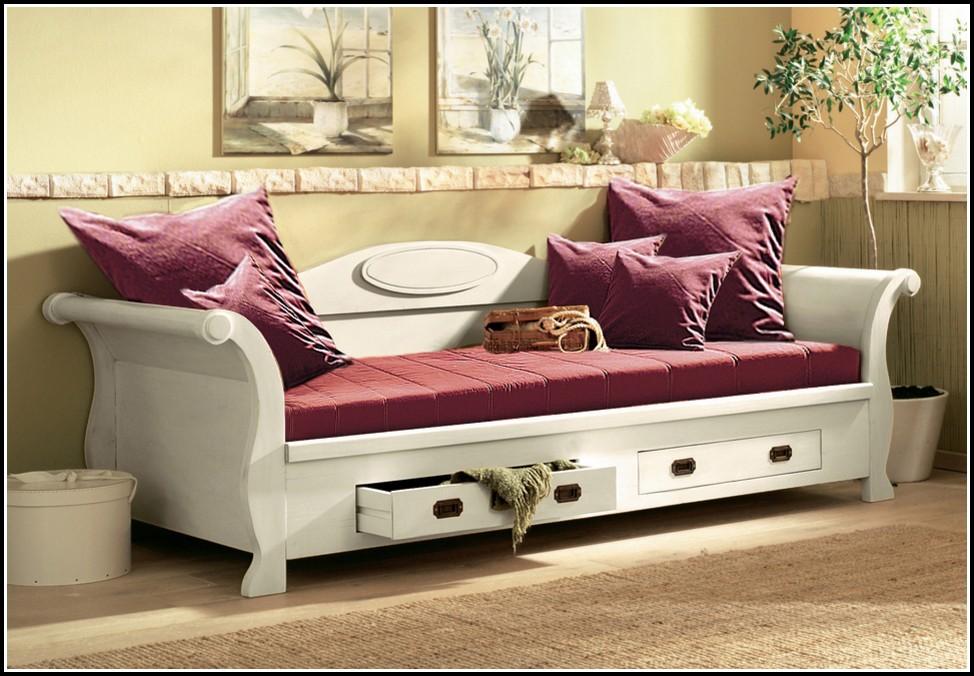 Bett Als Sofa Dekorieren