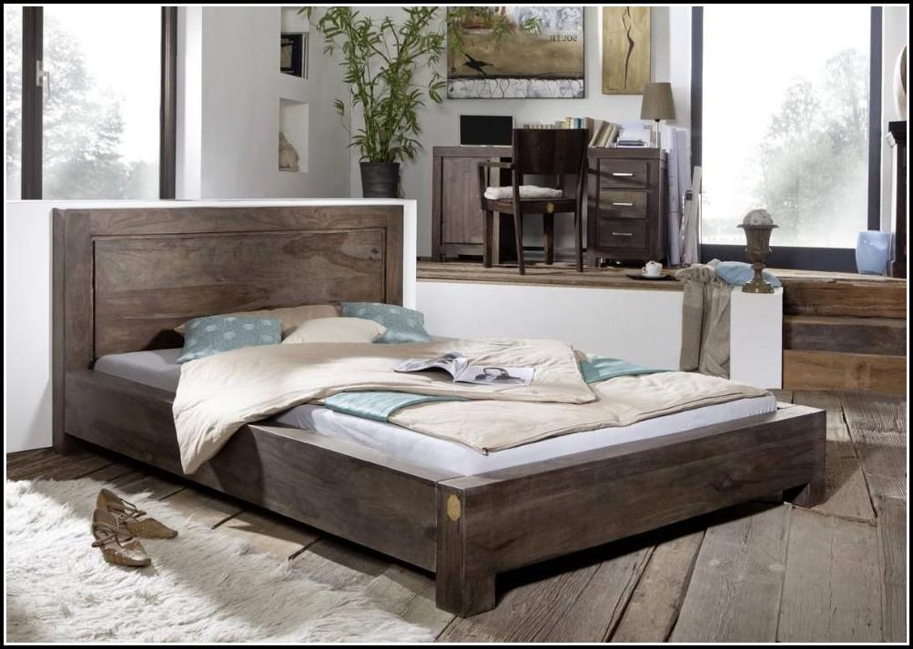Bett Holz 140×200 Weiß
