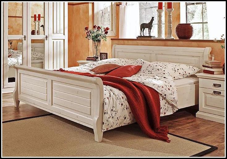 Bett Weiß 200×200 Massiv