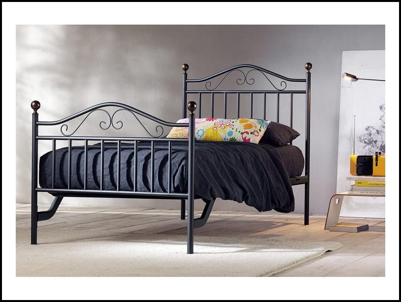 Betten Metallgestell