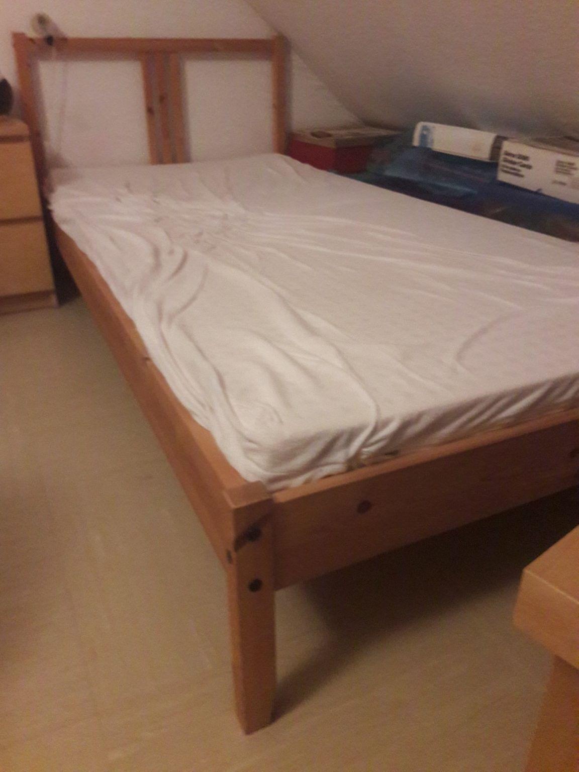 Betten Mit Zwei Matratzen