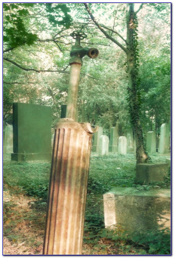 Brunnen Schwebender Wasserhahn