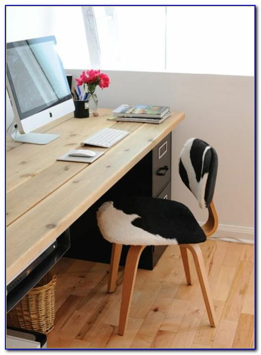 Einfacher Schreibtisch Weiß