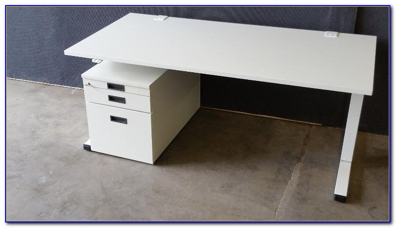 Elektrischer Schreibtisch Test