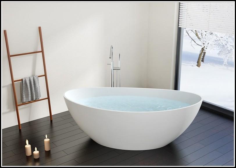 Freistehende Badewanne Mit Integrierter Armatur