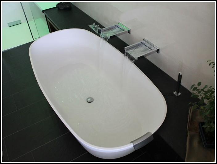 Freistehende Badewanne Oval Acryl