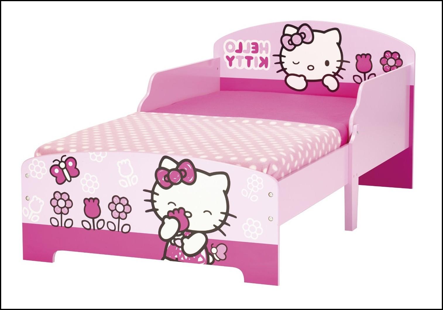 Hello Kitty Betta Tank