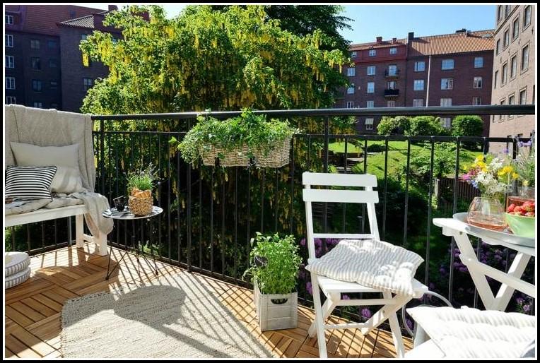 Kräuter Pflanzen Am Balkon