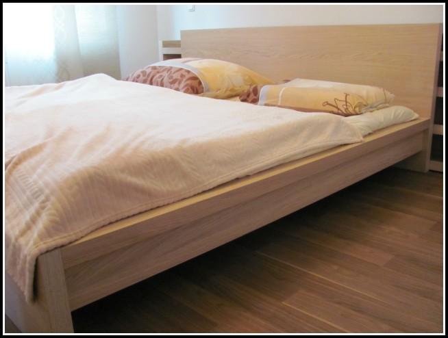 Malm Bett 180×200 Schwarzbraun
