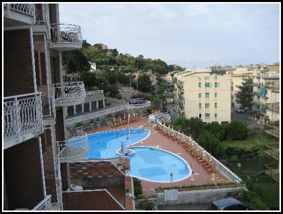 Pool Fr Balkon