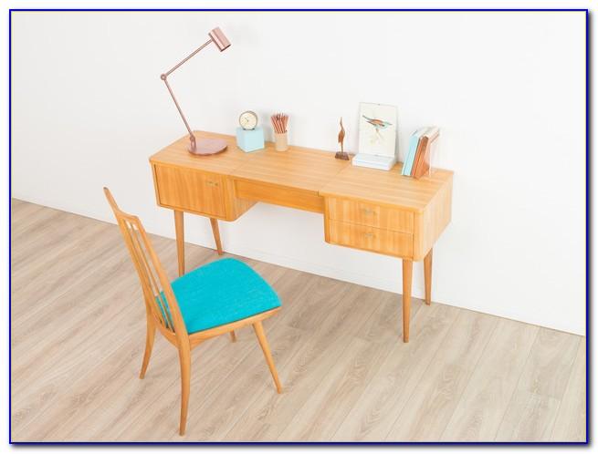 Schreibtisch 50er Stil