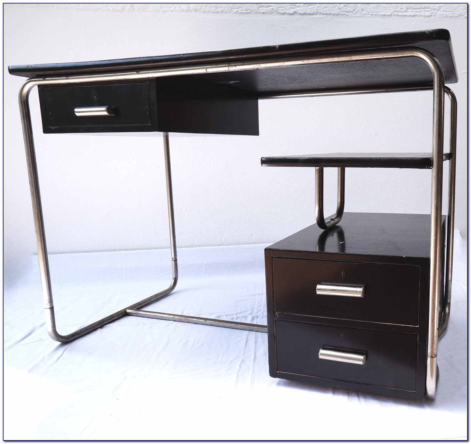 Schreibtisch Design Klassiker