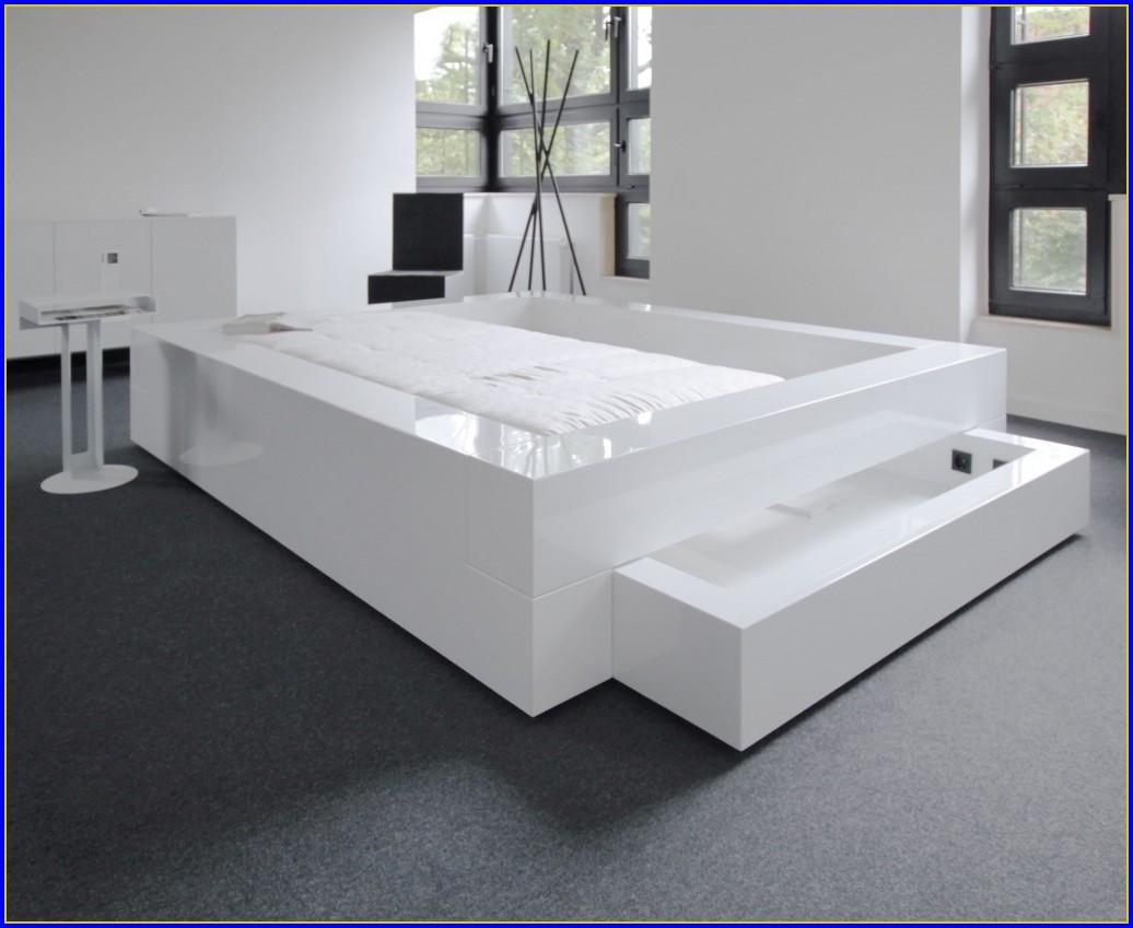 Tisch über Bett Ikea