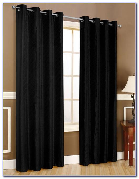 Vorhang Schwarze Flecken