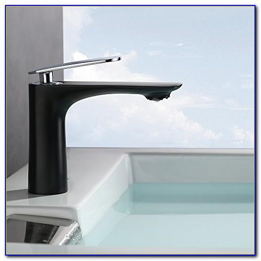 Wasserhahn Mit Schlauch Bad