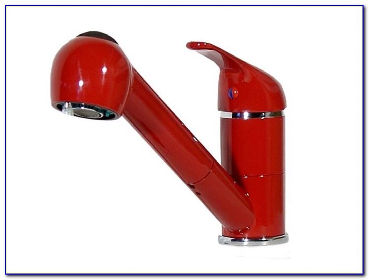 Wasserhahn Rote Ablagerungen
