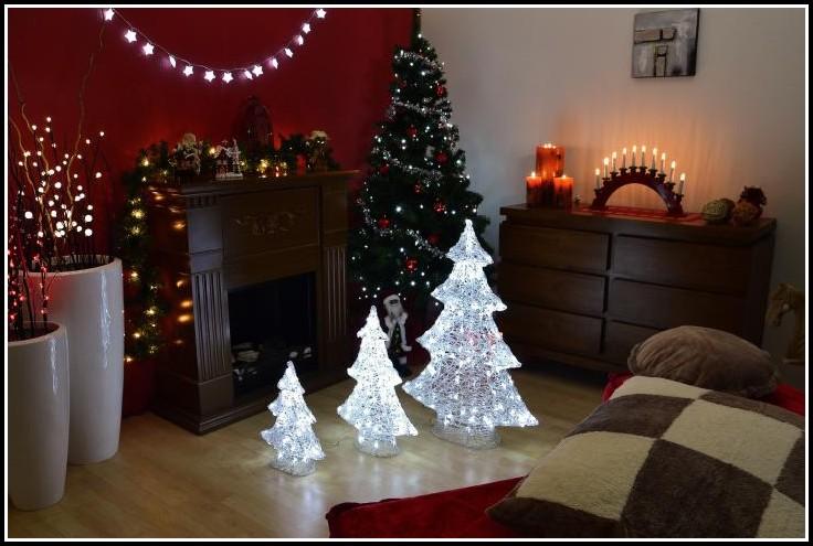 Weihnachtsbaum Mit Beleuchtung Aussen