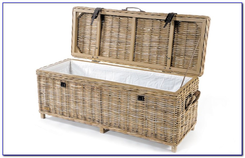 Wicker Bench With Storage