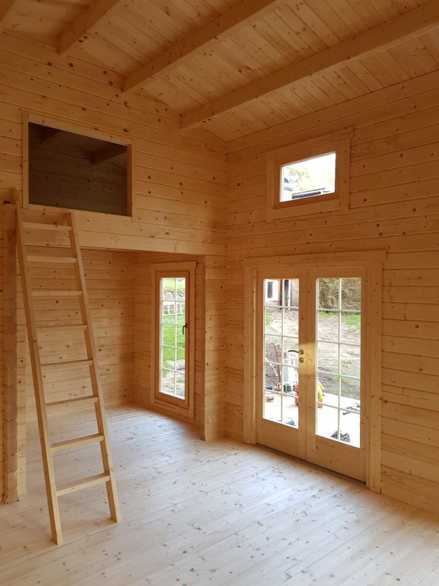 24 Quadratmeter Gartenhaus Mit Schlafboden Und Bad