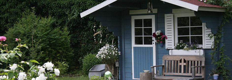 Alte Fenster Gartenhaus