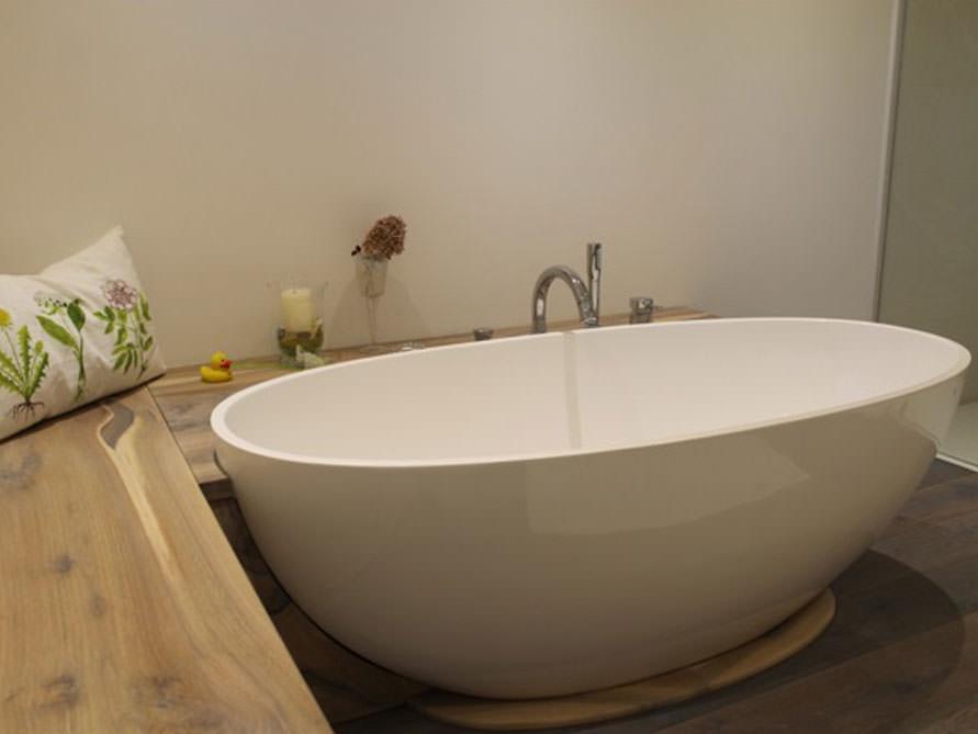 Badewanne Platzsparend Freistehend