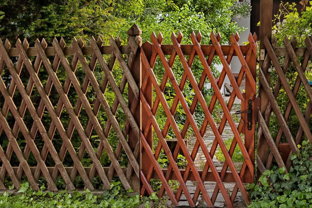 Bauen Gartentor Holz Mit Schloss
