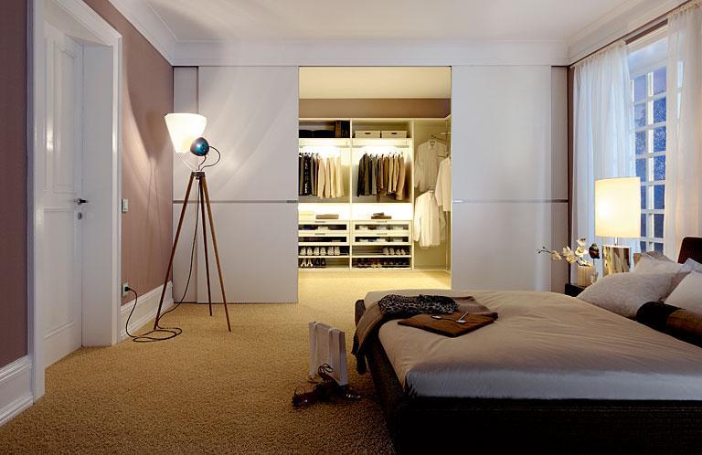 Begehbarer Kleiderschrank Im Kleinen Schlafzimmer