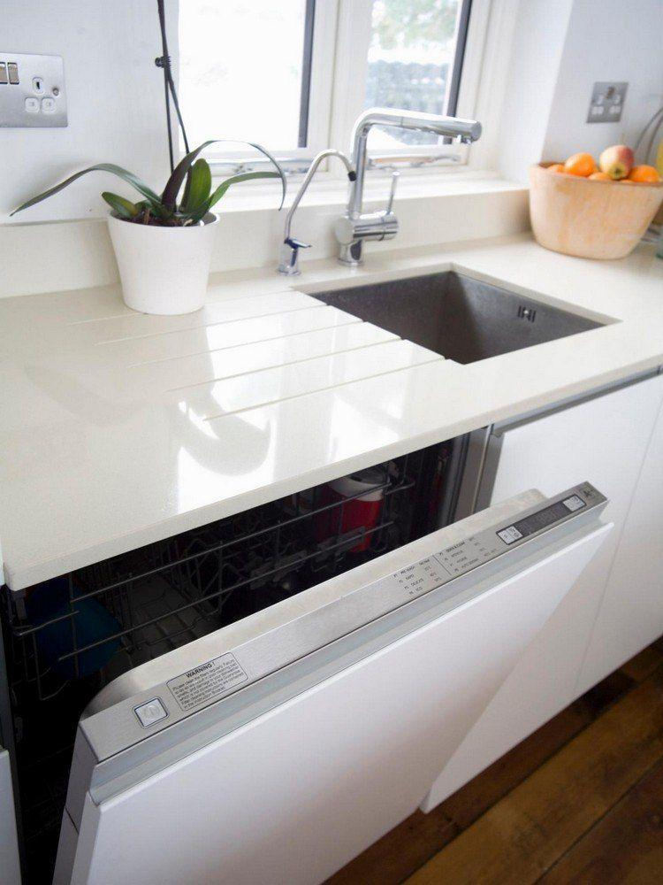 Beige Granitplatte Küche