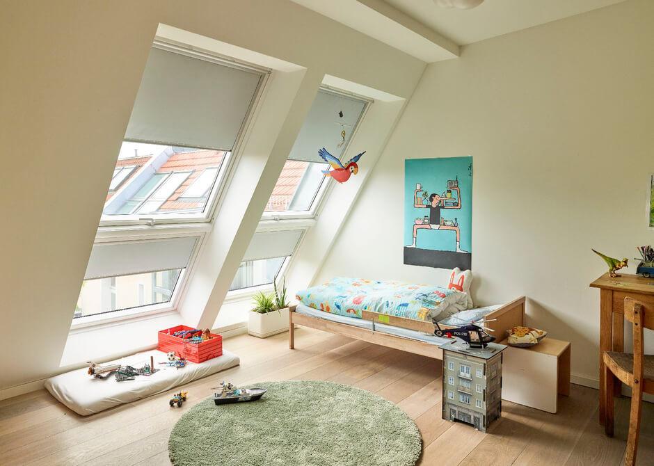 Bett In Dachschräge Einbauen