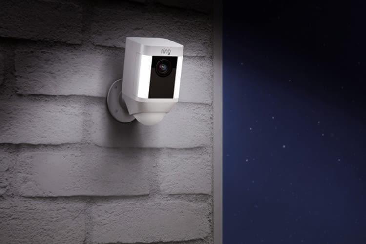 Bosch Außenleuchte Mit Kamera