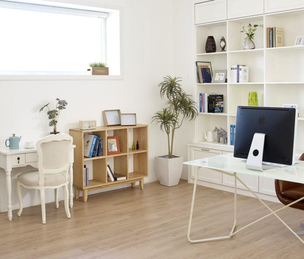 Büro Schreibtisch Einrichten