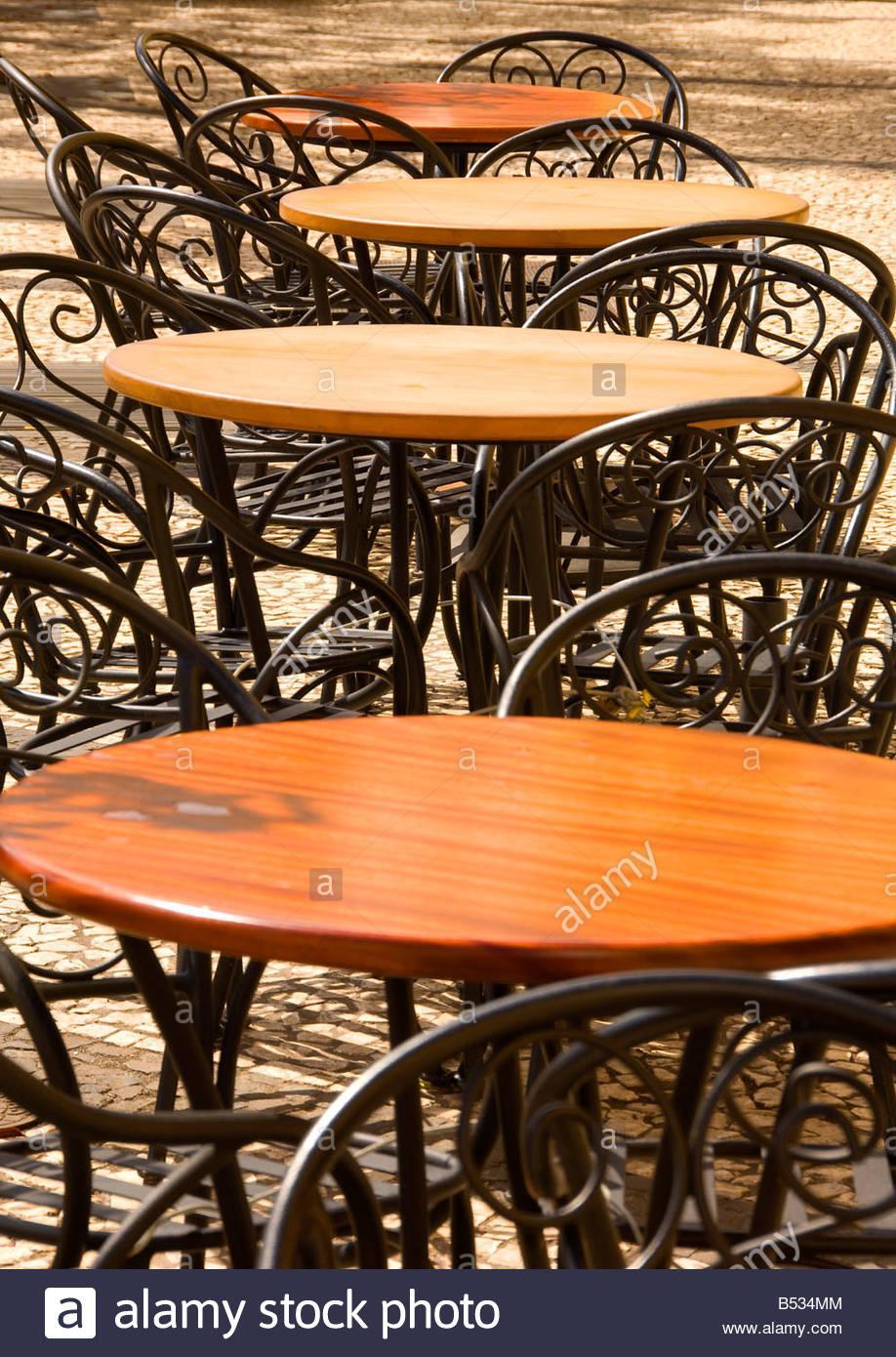 Cafe Stühle Und Tische