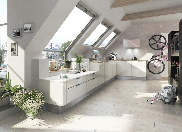 Dachgeschoss Küche Dachschräge
