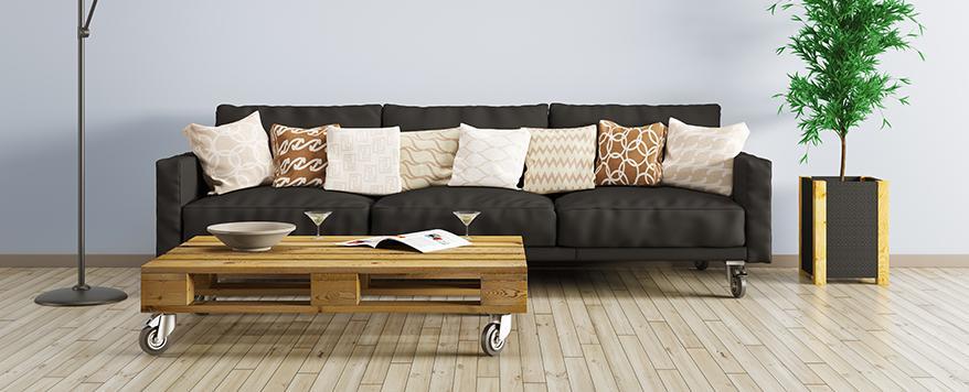 Dunkelgraues Sofa Dekorieren