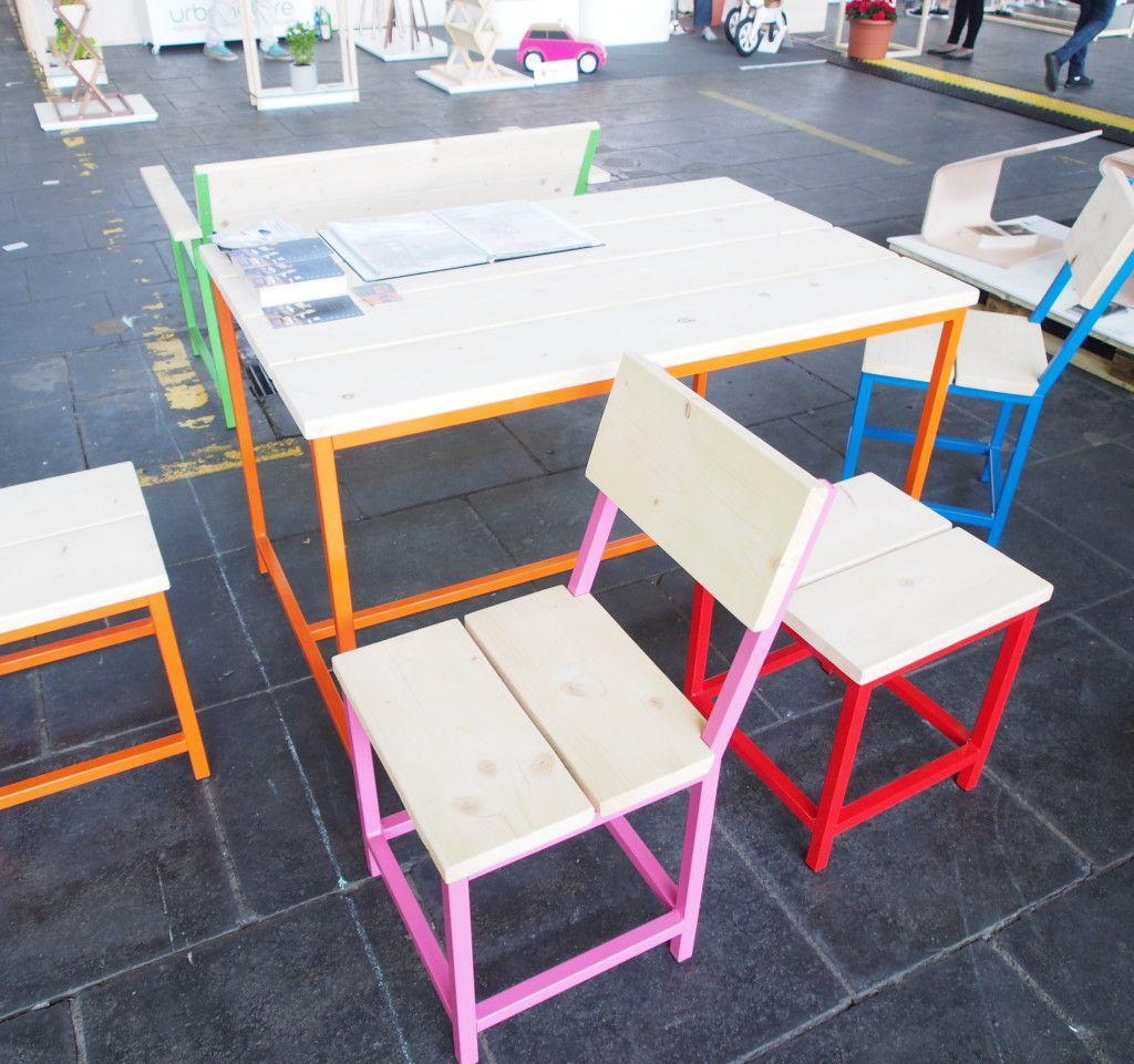 Farbige Gartenmöbel Aus Holz
