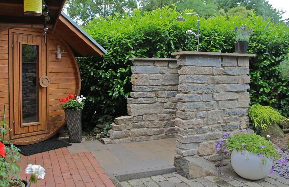 Gartendusche Sichtschutz Holz