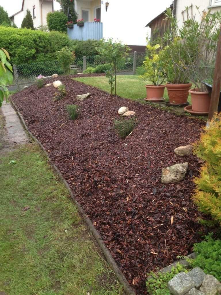 Gartengestaltung Mit Steinen Und Rindenmulch
