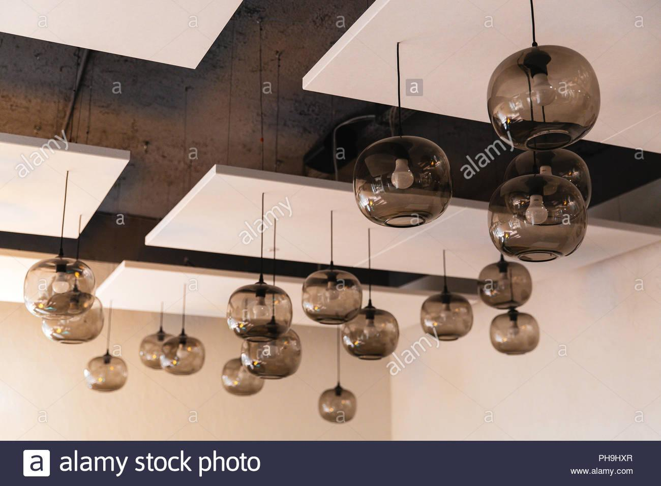Globus Lampe Hängend