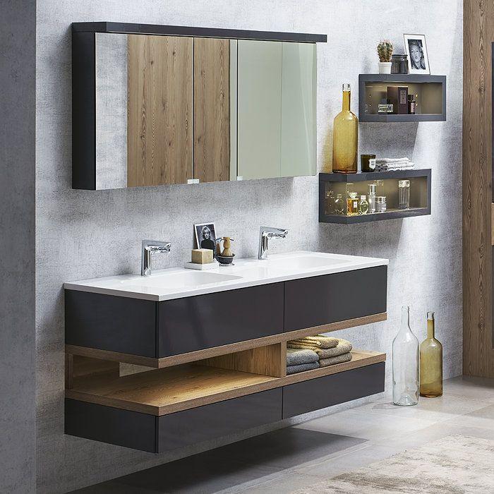 Großer Schrank Badezimmer