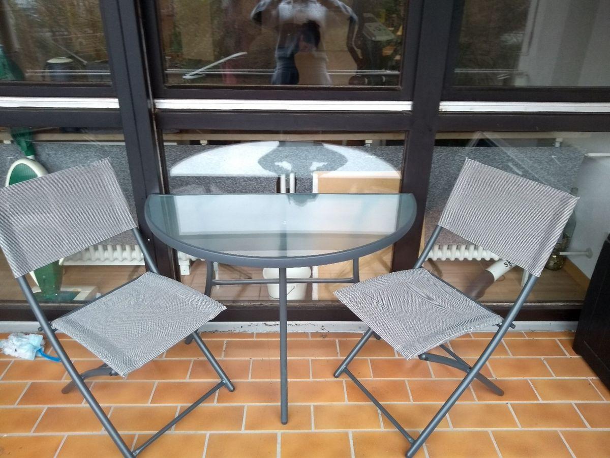 Halbrunder Tisch Für Balkon