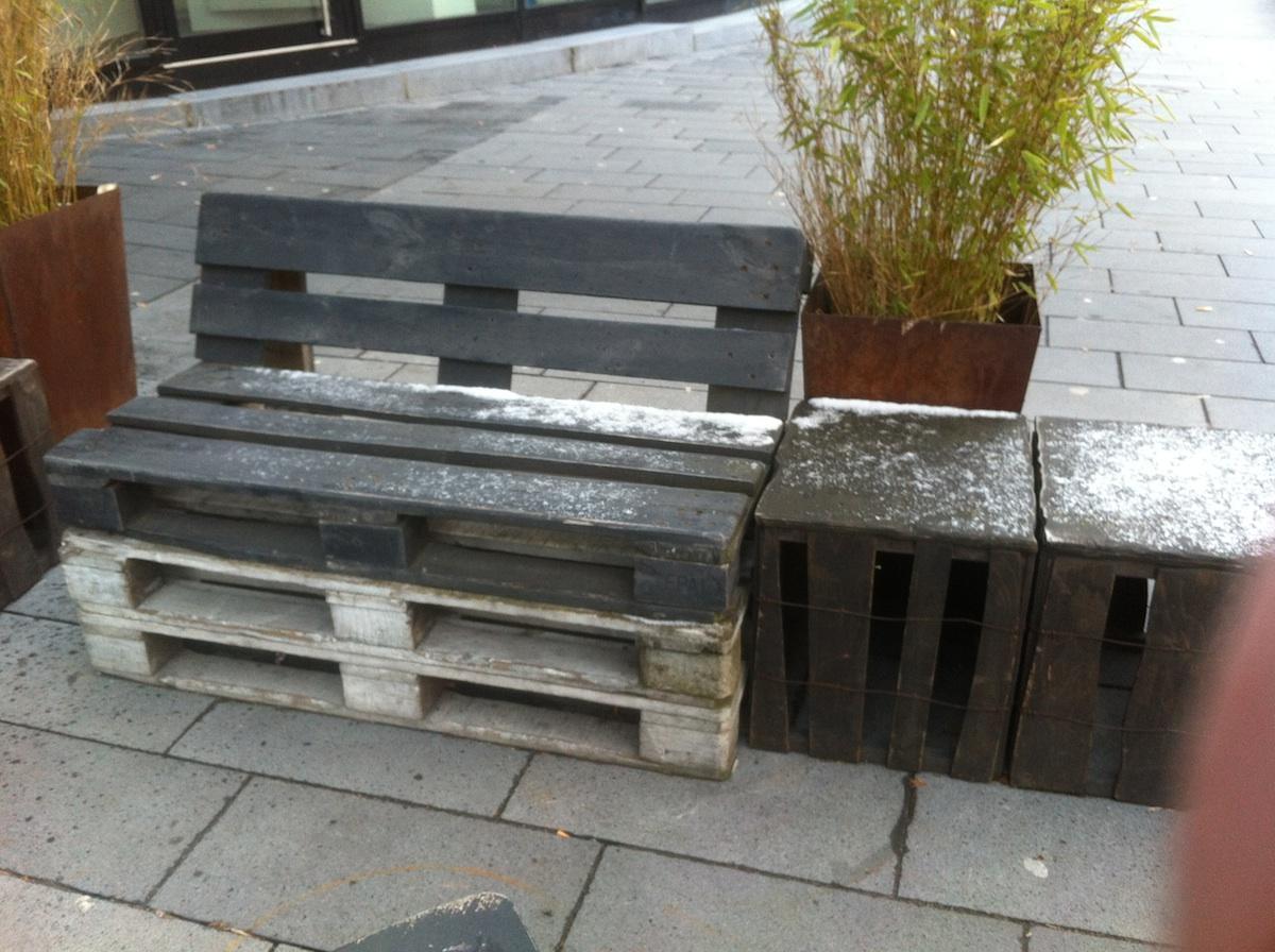 Holz Gartenmöbel Grau Streichen