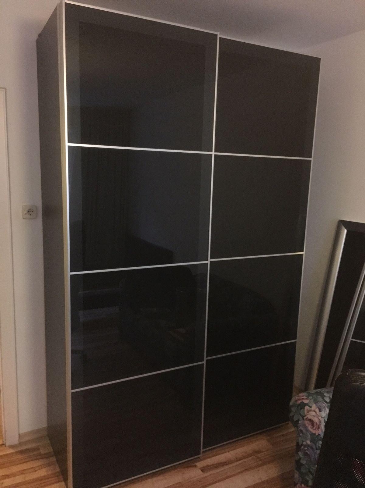 Ikea Schiebetüren Kleiderschrank