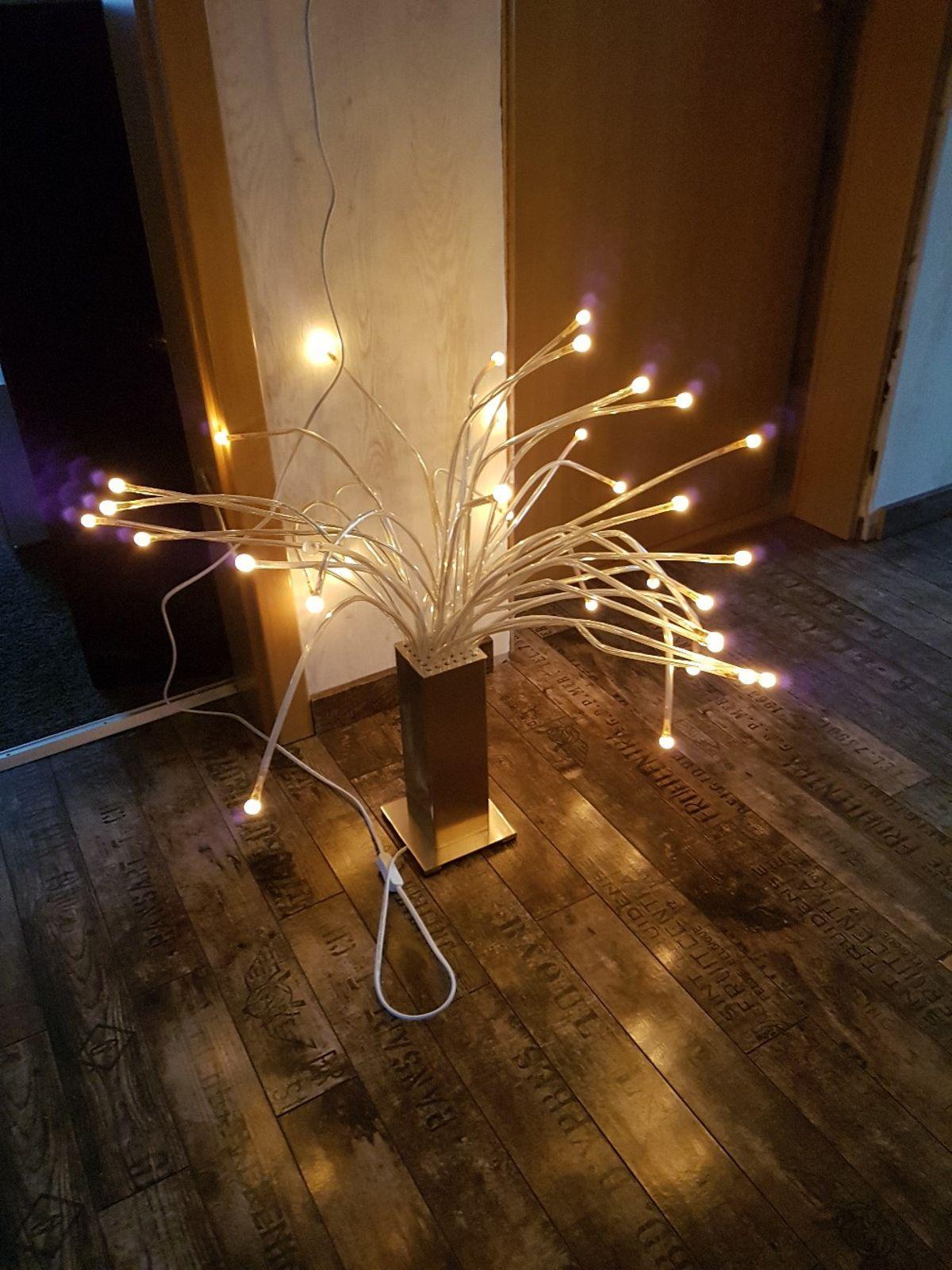Ikea Stranne Lampe