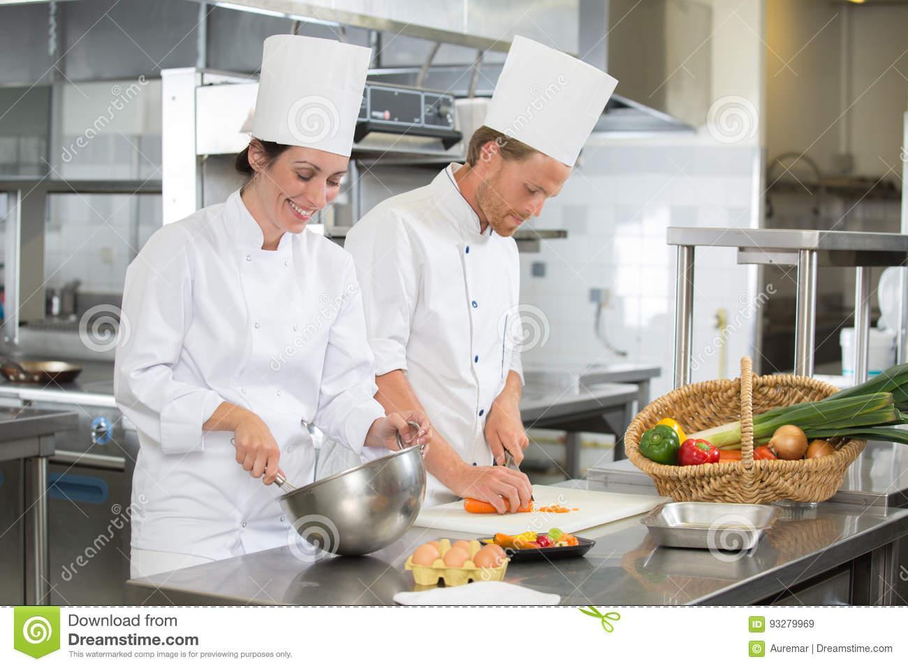In Der Küche Arbeiten