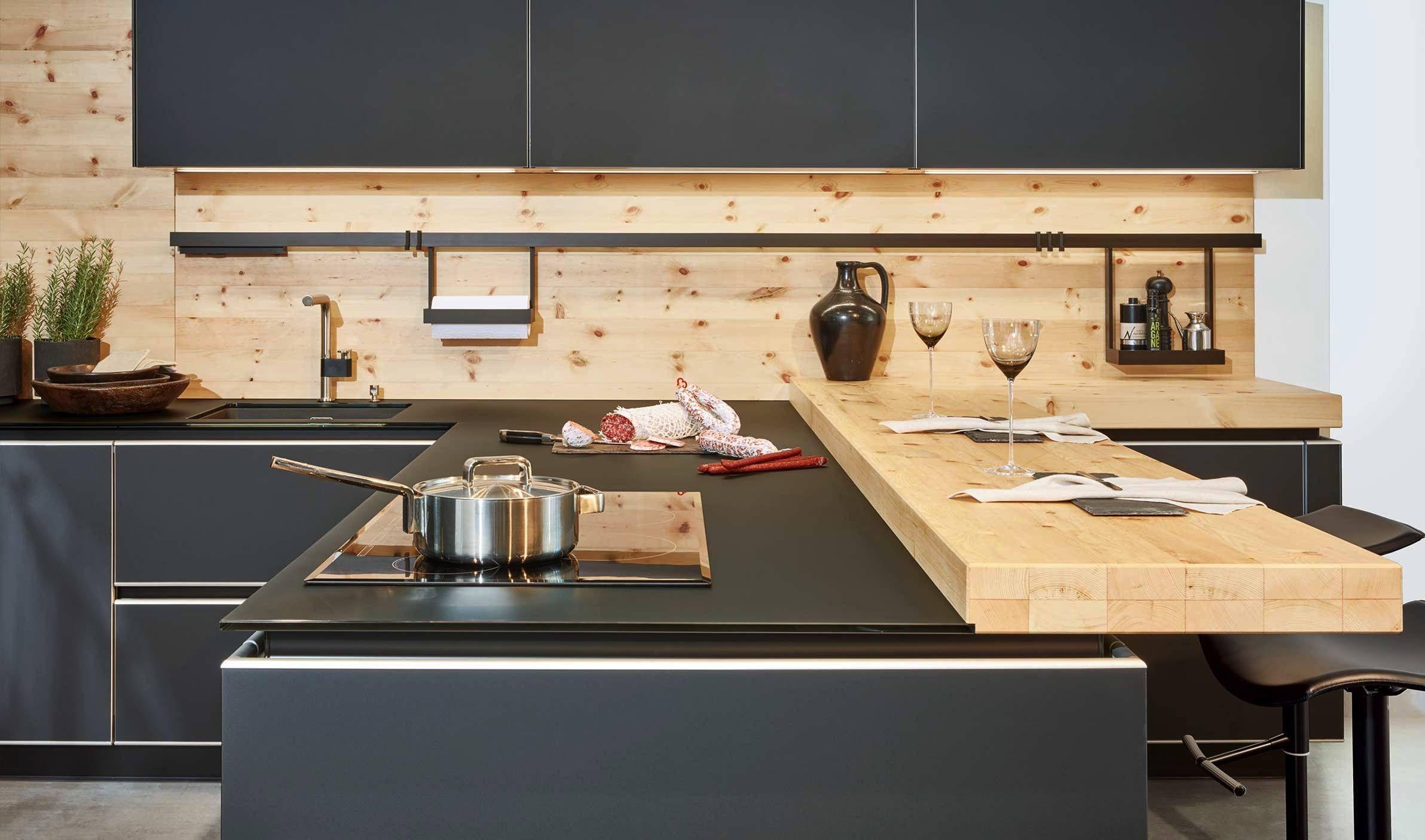 Küche Grau Mit Holz