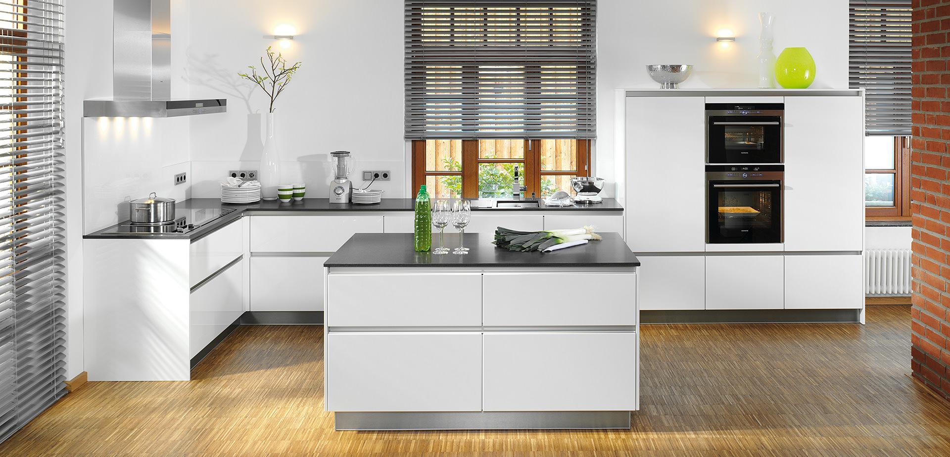 Küche Grifflos Weiß Hochglanz